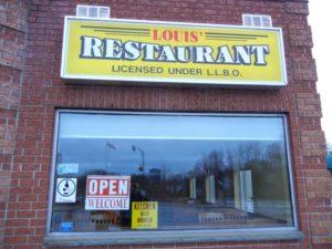 Louis' Restaurant store front